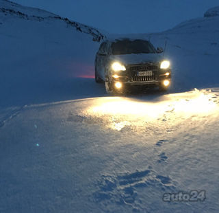 Audi Q7 4.2 V8