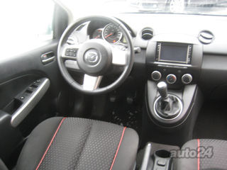 Mazda 2 Black Edition Lux 1,3 1.3