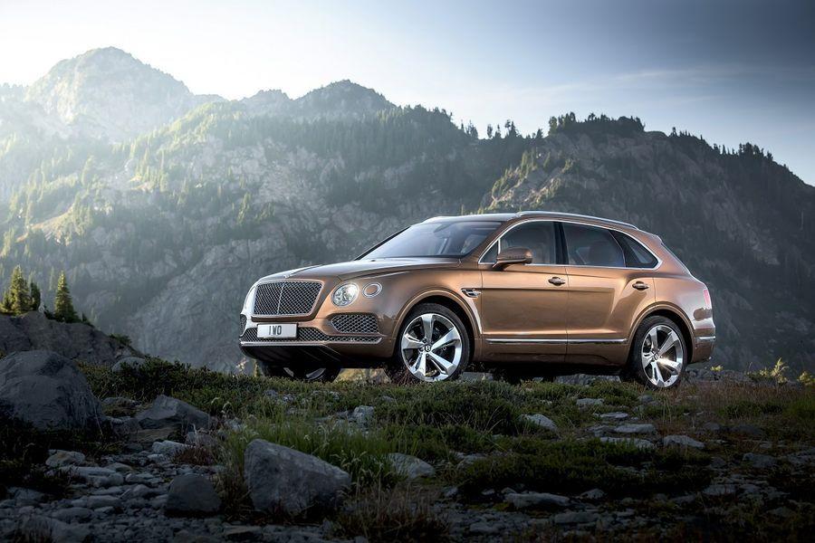 Tulekul on Bentley Bentayga kupeeliku katusejoonega variant
