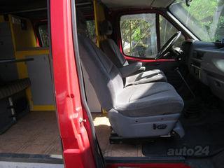 Ford Econoline Ford Transit/Reimo 2.5 D 51kW