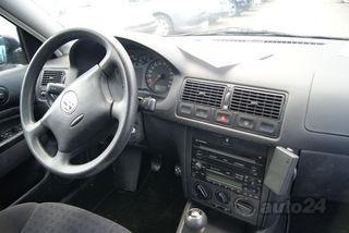 Volkswagen Golf 2.0 81kW