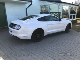 Ford Mustang Fastback GT 5.0 310kW