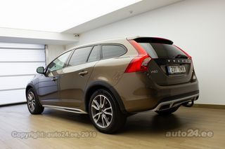 Volvo V60 Cross Country Black Edition 2.4 D4 140kW