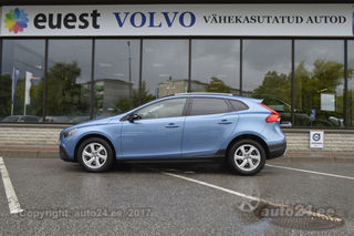 Volvo V40 CROSS COUNTRY INTELLI SAFE PRO WINTER FULL 2.0 D3 MY2015 110kW
