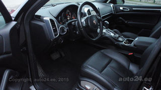 Porsche Cayenne Turbo look 3.0 176kW