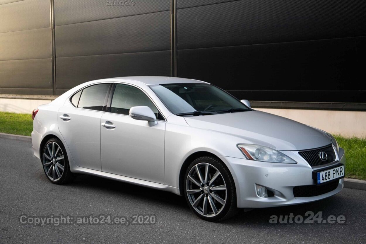 Lexus IS 250 Facelift Luxury - Photo