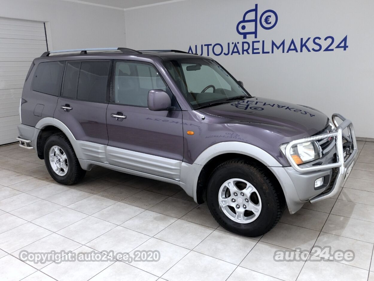 Mitsubishi Pajero Luxury ATM - Photo