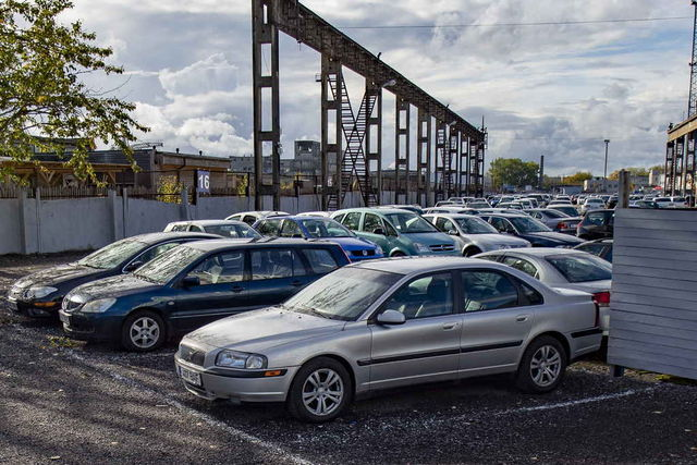 Mida korrektsema ajalooga ja paremas seisukorras auto, seda kõrgemat hinda on poed nõus seda vahetuseks võttes maksma. Foto: Andres Putting / Scanpix
