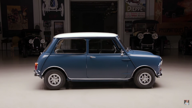 Morris Mini Minor. Kaader: Youtube