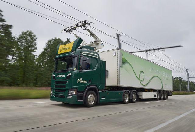 Scania veok elektrilisel kiirteel. Foto: Scania