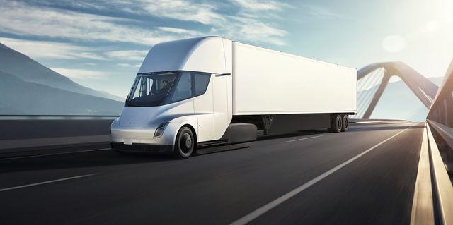 Tesla Semi tootmine algab parimal juhul alles järgmisel aastal. Foto: Tesla