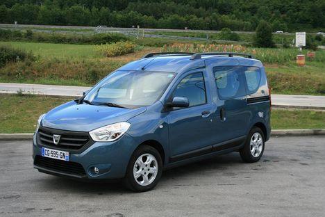Dacia uus väikekaubik Dokker saab omasuguste seas olema kõige odavam, kuid kindlasti mitte kõige kehvem: see sõidab ja mahutab nagu üks korralik Muhvi auto peakski!