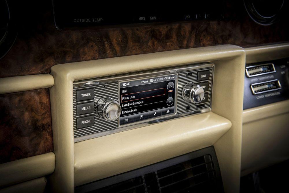 Jaguar Land Rover toob klassikutesse moodsad ajad